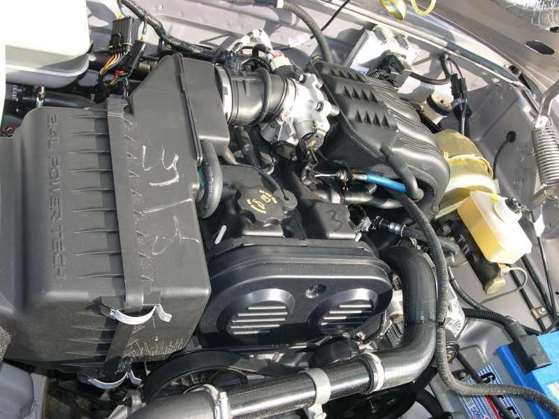 Двигатель Крайслер 2.4L DOHC